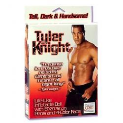 Nafukovací přítel Tyler Knight